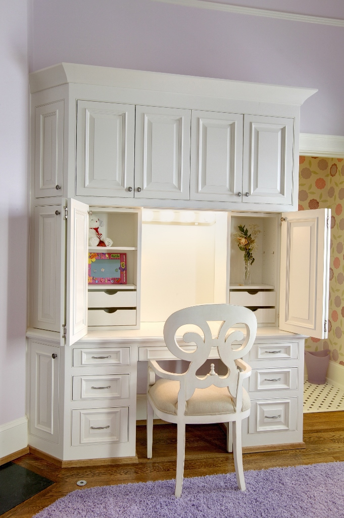 Lighted Make Up Vanity Custom Wooden Cabinets And Furniture